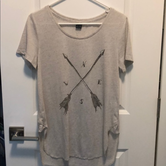 Gentle Fawn Tops - Gentle Fawn long T-shirt